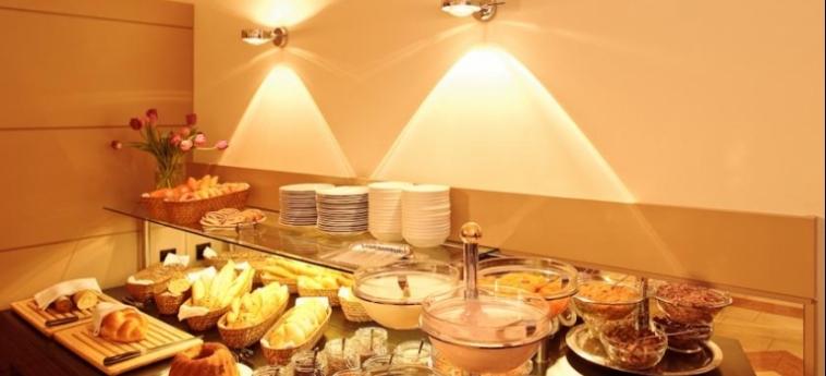 Hotel Der Wilhelmshof: Buffet VIENNA