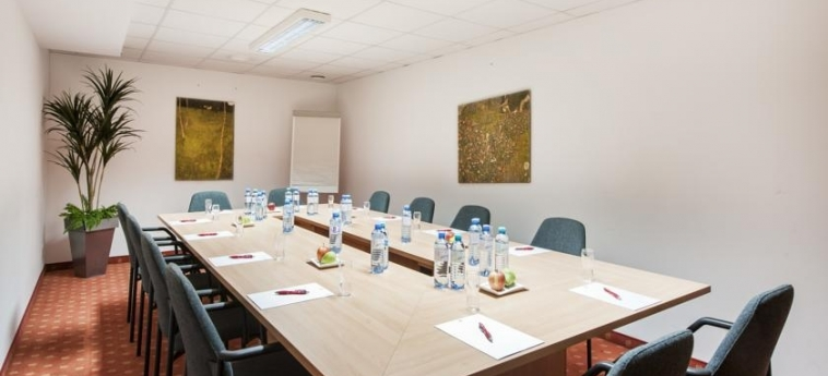 Azimut Hotel Vienna: Meeting Room VIENNA