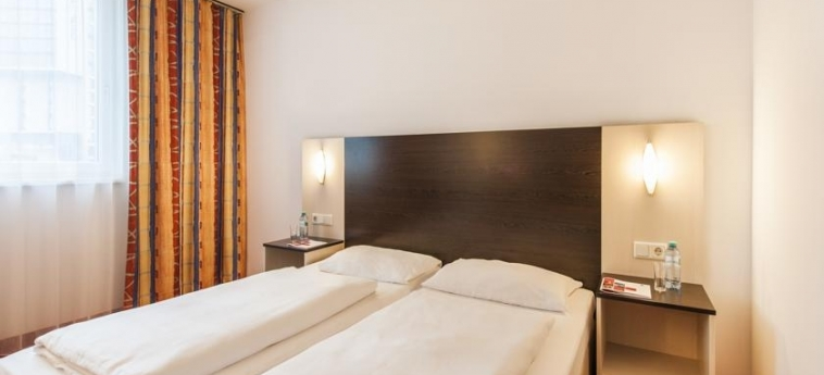 Azimut Hotel Vienna: Room - Double VIENNA