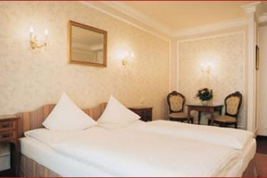 Hotel Savoy: Bedroom VIENNA