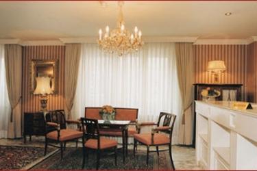 Hotel Savoy: Hall VIENNA