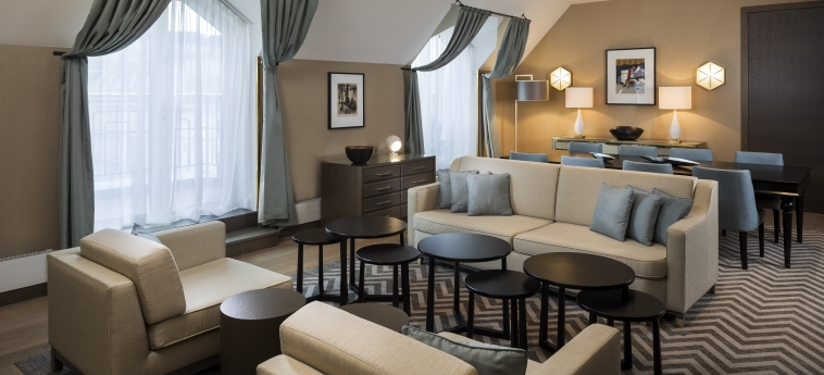 Hotel Hilton Vienna Plaza: Camera Suite VIENNA