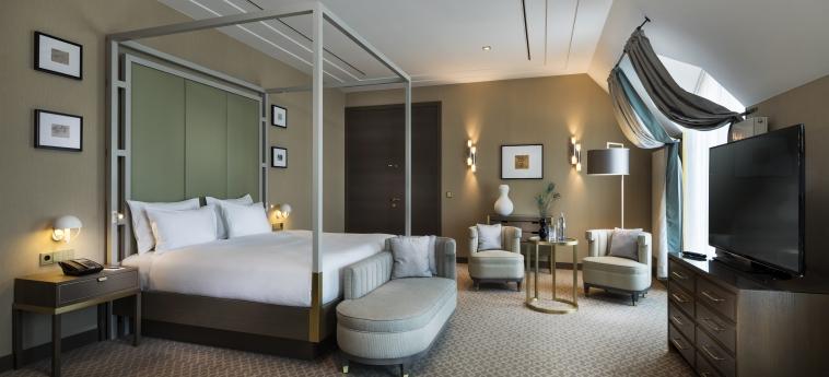Hotel Hilton Vienna Plaza: Particolare della Camera VIENNA