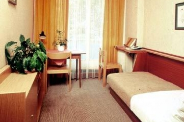 Hotel Academia: Room - Guest VIENNE