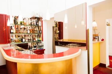 Hotel Odeon: Bar de l'hôtel VIENNE
