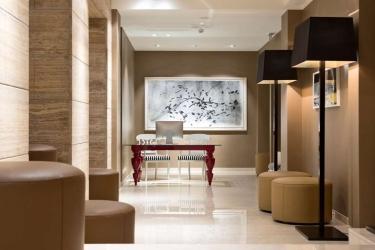 Hotel The Harmonie Vienna: Lobby VIENNE