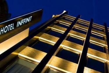 Hotel Inffinit: Extérieur VIGO