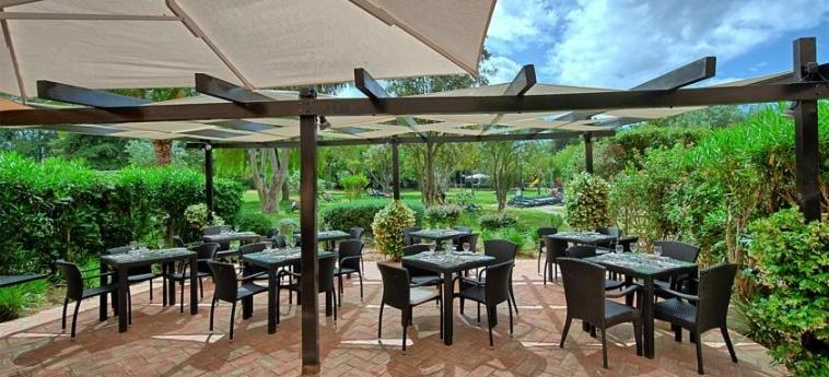 Hotel Dom Pedro Vilamoura Resort: Patio VILAMOURA - ALGARVE