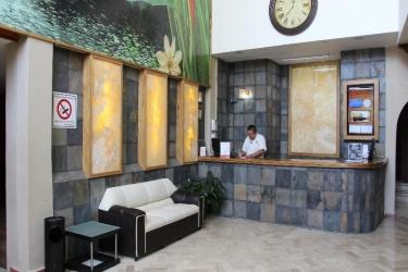 Hotel Plaza Independencia: Lobby VILLAHERMOSA