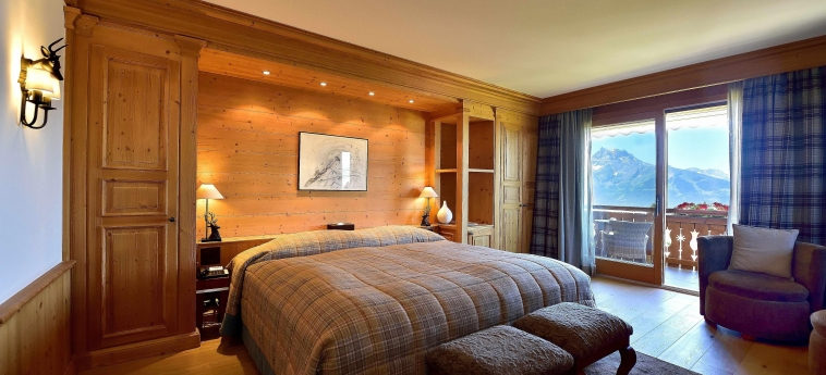 Chalet Royalp Hotel & Spa: Schlafzimmer VILLARS-SUR-OLLON