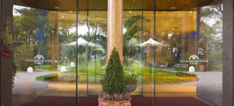 Grand Hotel Terme Salus: Entrance VITERBO