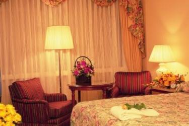 Hotel Warsaw Marriott: Schlafzimmer WARSCHAU