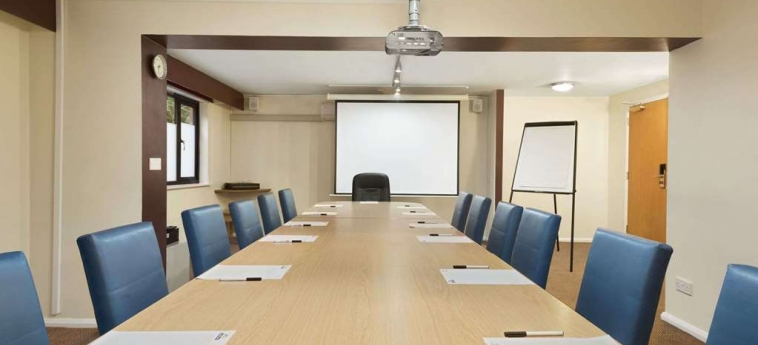 Hotel Days Inn Warwick North M40: Meeting Room WARWICK
