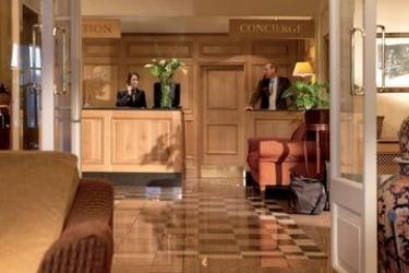 Macdonald Old England Hotel & Spa: Lobby WINDERMERE