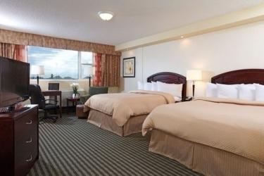 Hotel Ramada Winnipeg Airport Viscount Gort: Gastzimmer Blick WINNIPEG