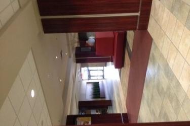 Hotel Ramada Winnipeg Airport Viscount Gort: Hotel interior WINNIPEG