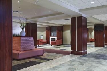 Hotel Ramada Winnipeg Airport Viscount Gort: Lobby WINNIPEG