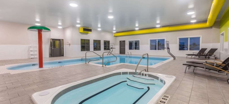 Hotel Super 8 Winnipeg East Mb: Piscina WINNIPEG