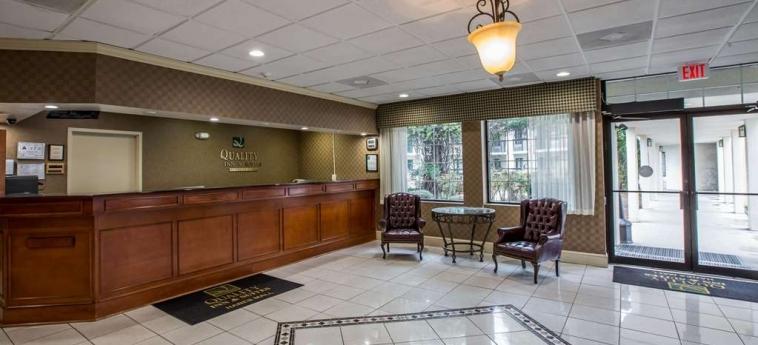 Hotel Quality Inn & Suites: Lobby WINSTON SALEM (NC)