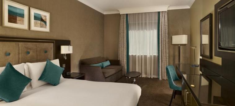 Doubletree By Hilton Hotel Woking: Doppelzimmer  WOKING