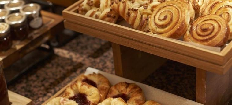 Doubletree By Hilton Hotel Woking: Frühstück WOKING