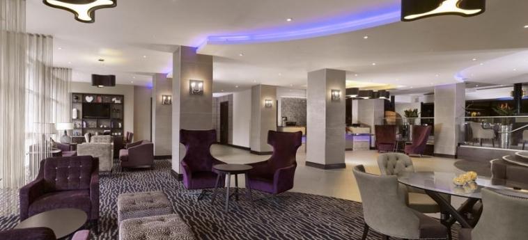 Doubletree By Hilton Hotel Woking: Innen WOKING