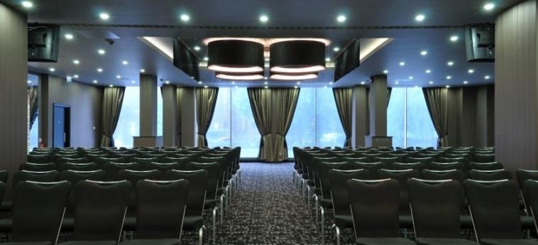 Doubletree By Hilton Hotel Woking: Kongresssaal WOKING