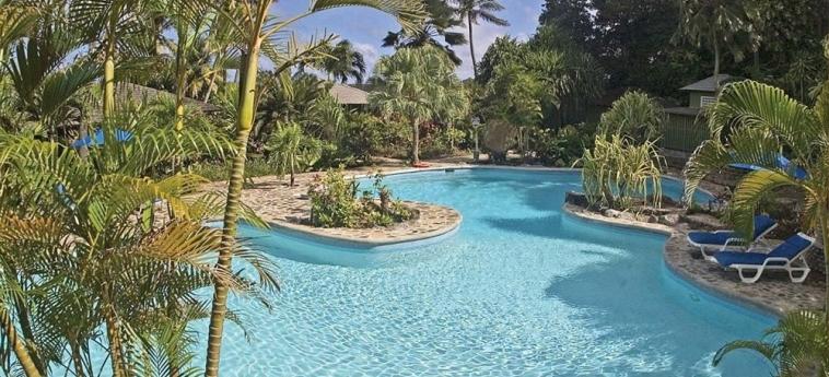 Hotel Young Island Resort: Piscina Exterior YOUNG ISLAND