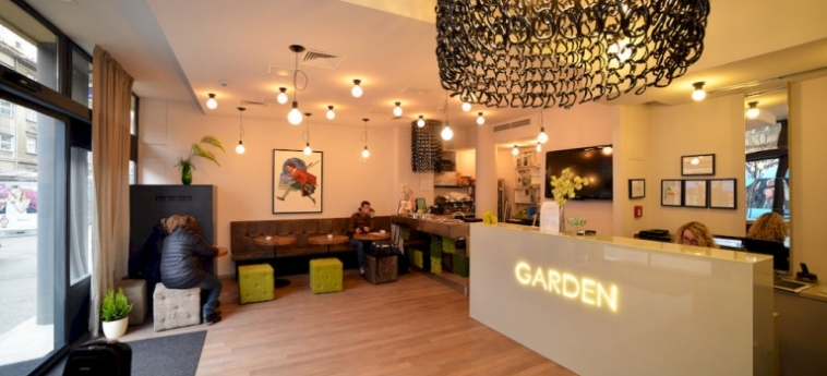 Hotel Garden: Garage ZAGABRIA