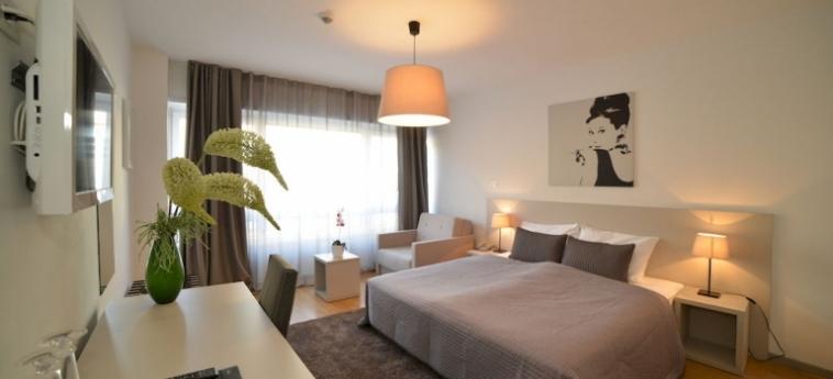 Hotel Garden: Soggiorno E Angolo Cottura ZAGREB