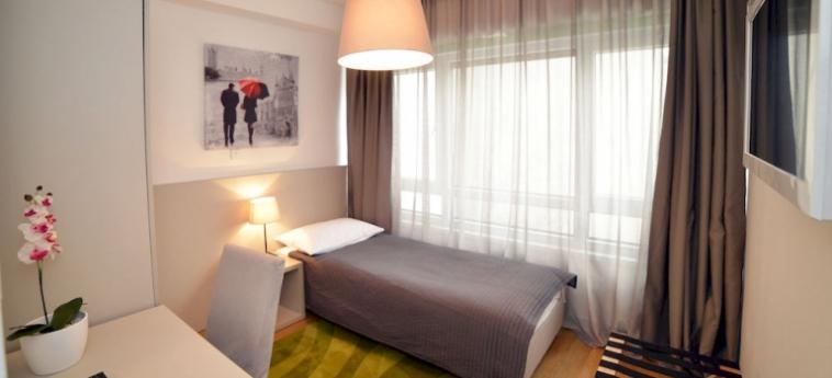 Hotel Garden: Heated Swimmingpool ZAGREB