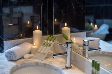 Hotel Galaxy Beach Resort, Bw Premier Collection: Amenidades de baño  ZANTE