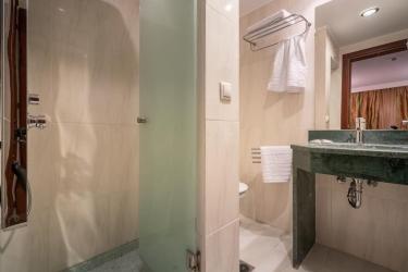Hotel Galaxy Beach Resort, Bw Premier Collection: Ducha del baño ZANTE