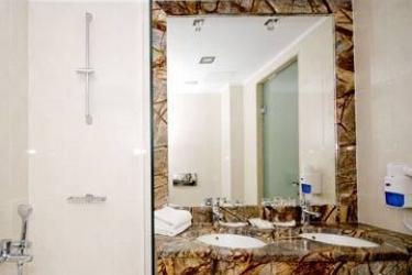 Hotel Galaxy Beach Resort, Bw Premier Collection: Room - Guest ZANTE