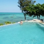 Coral Rock Beach Bungalows & Hotel