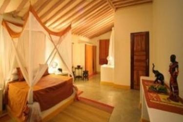 Hotel Ora Marumbi Beach: Bedroom ZANZIBAR
