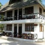 Hotel Nungwi Village Beach Resort