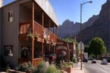 Hotel Historic Pioneer Lodge: Außen ZION NATIONAL PARK (UT)