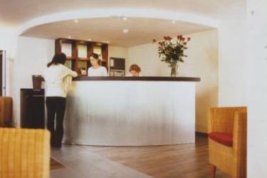 Apart-Hotel Operated By Hilton: Lobby ZURIGO