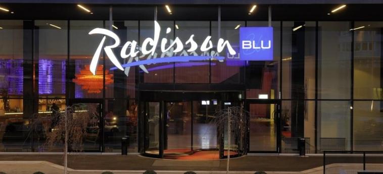 Hotel Radisson Blu Zurich Airport: Entrata ZURIGO