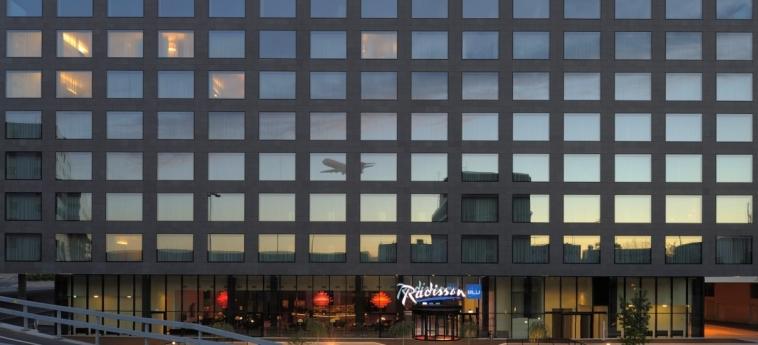 Hotel Radisson Blu Zurich Airport: Esterno ZURIGO