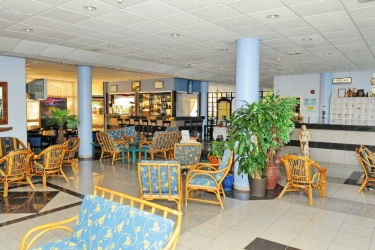 Amore Hotel Apartments: Lobby ZYPERN