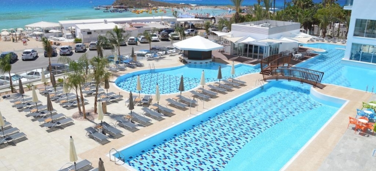 Hotel Vassos Nissi Plage: Schwimmbad ZYPERN